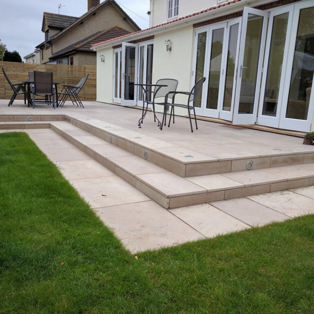landscaping ideas for back gardens - patio for dining and entertaining