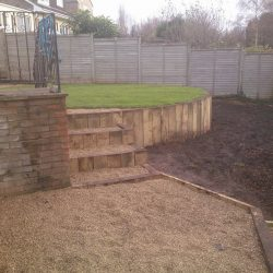 when building retaining walls be sure to use the right landscaper to avoid disaster