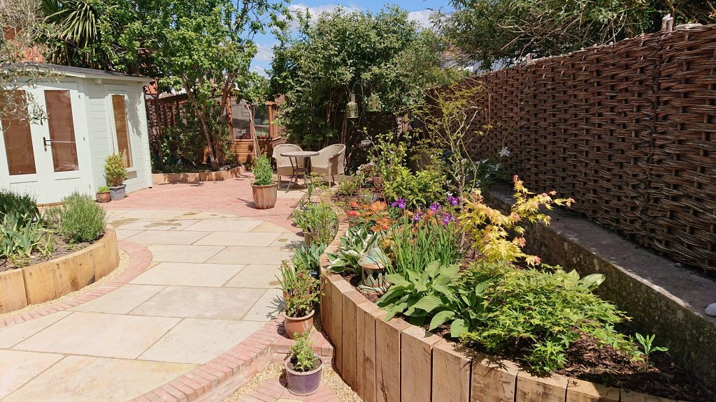 How to design a garden without grass - SilverBirch Gardens