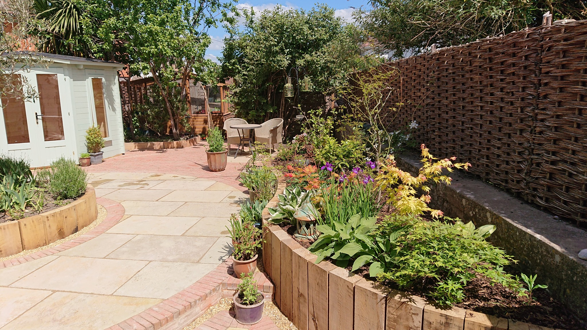 How to design a garden without grass - SilverBirch Gardens